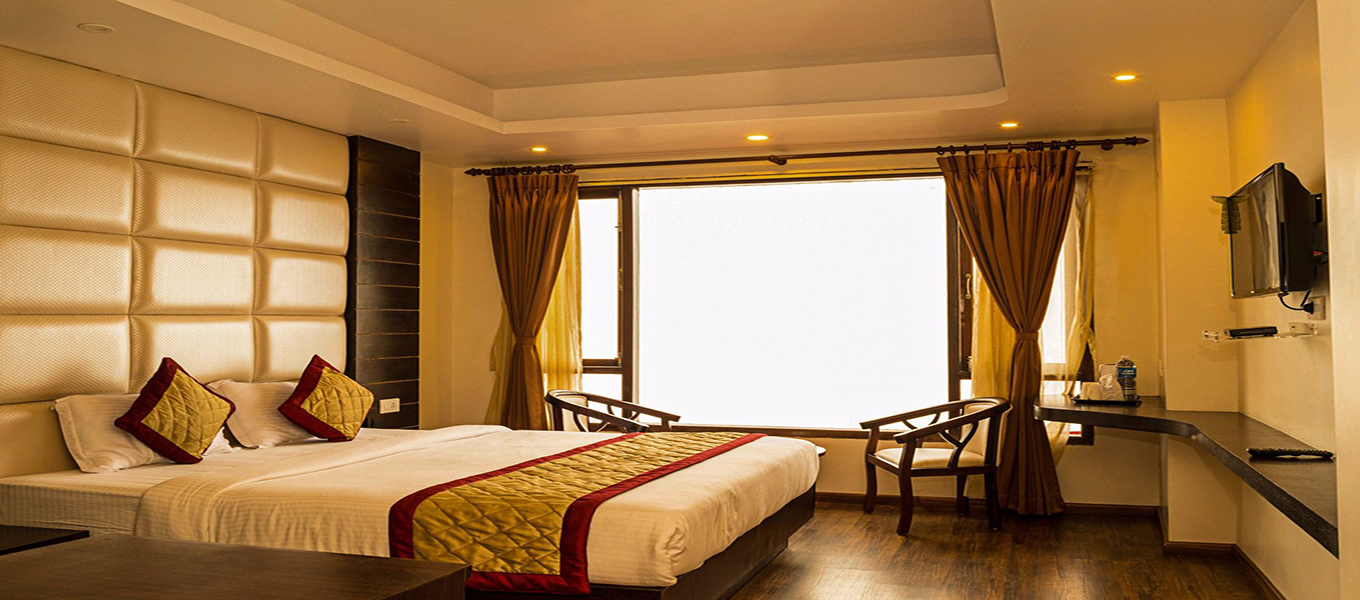 Hotel Pink Mountain Luxury Rooms